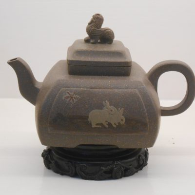 Grey clay square Yixing teapot